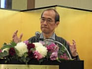 記者会見で出馬を表明した門川市長(8日、京都市中京区)