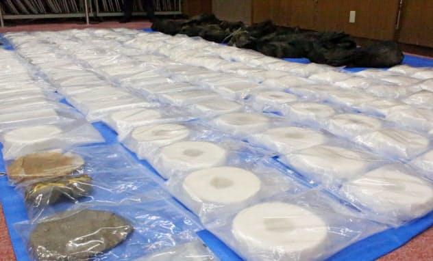 愛知県豊橋市の三河港で8月に押収されたコカイン(9月、名古屋市港区の名古屋税関)