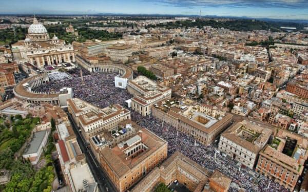 サンピエトロ大聖堂を中心としたバチカンの街並み(ロイター)
