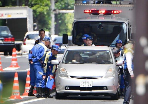 事故現場付近での実況見分(6月、東京都豊島区)