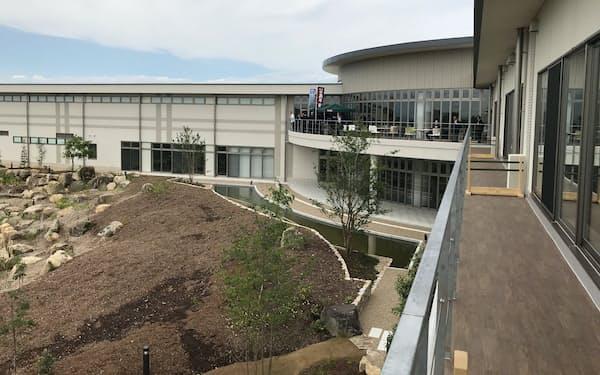 4月に完成したバローHDの人材開発センター(岐阜県可児市)
