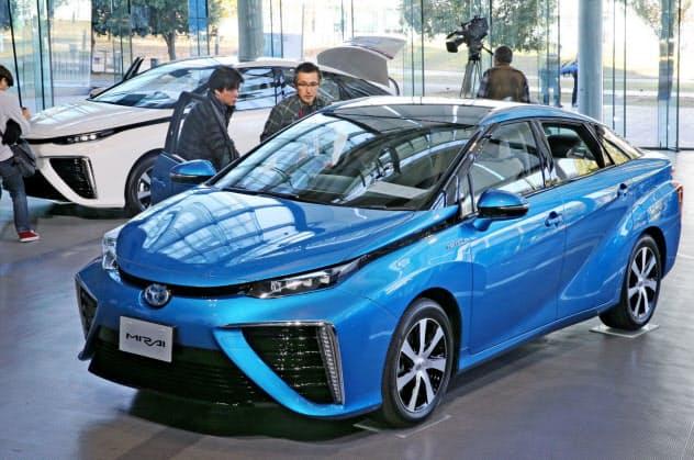 新触媒は燃料電池車の低コスト化を後押ししそうだ(トヨタの「ミライ」)