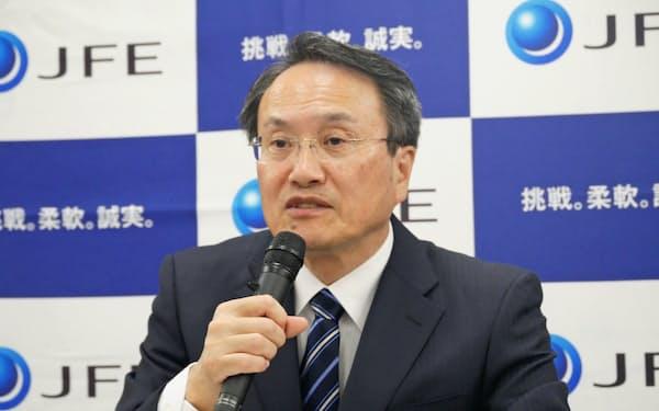 「米中貿易摩擦で販売数量が大きく減少している」と話す寺畑副社長