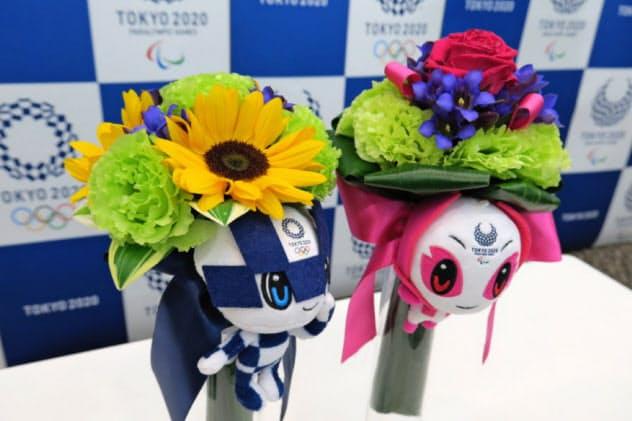 「ビクトリーブーケ」には被災地の花が使われる(12日、東京都中央区)