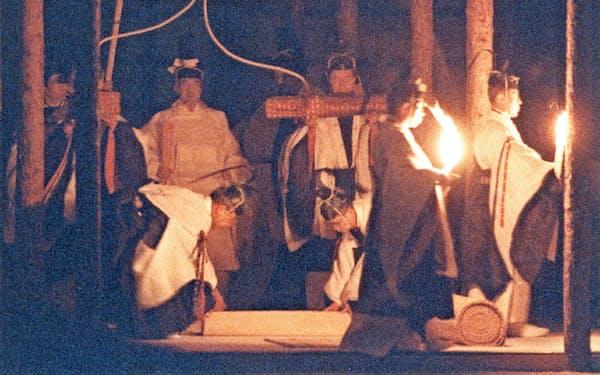 平成の代替わり時の大嘗祭(1990年11月22日、皇居)