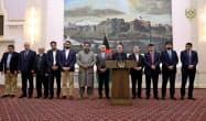 アフガニスタンのガニ大統領は12日、捕虜交換を条件に反政府武装勢力タリバン幹部の釈放を発表した(大統領府提供=ロイター)