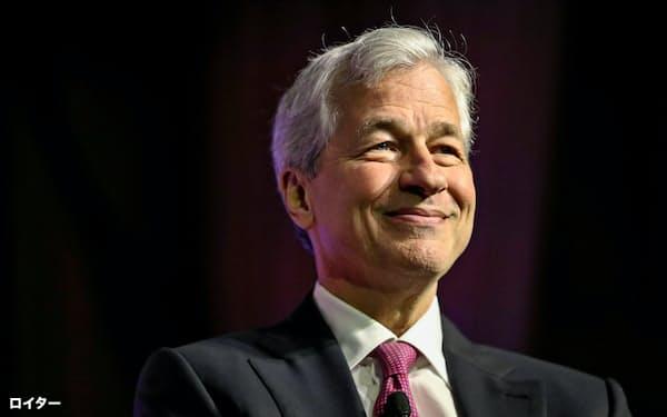 米大手銀JPモルガン・チェースのジェイミー・ダイモン最高経営責任者(CEO)(4月、ワシントン)=ロイター