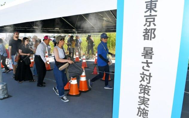 東京五輪では会場内の暑さ対策も課題となっている