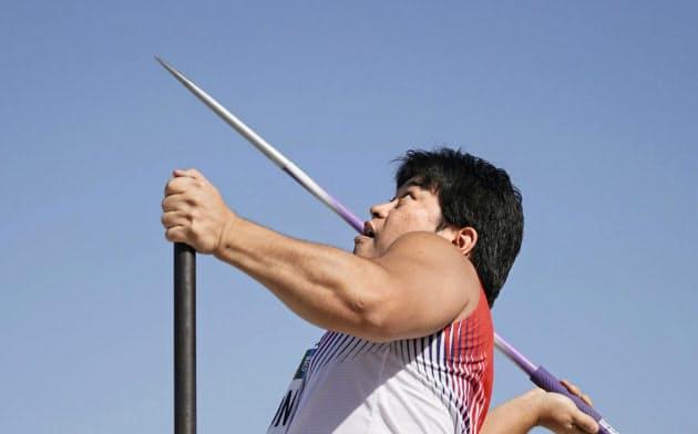 男子やり投げ(座位) 23メートル37で7位の小曽根亮(13日、ドバイ)=共同