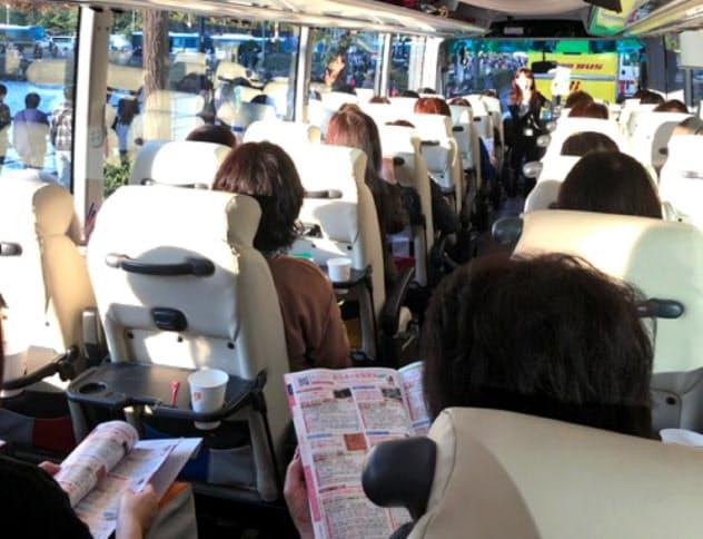 バスに実際に乗るクラブツーリズムの女性専用ツアー体験会