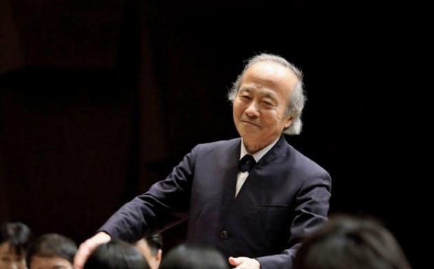 指揮者の尾高忠明は病気療養中、音楽家の資料を読み込むなどして思索を深めた=飯島 隆撮影