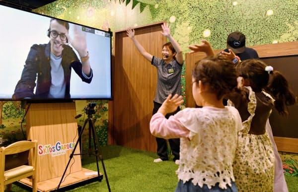 子供が楽しめるアミューズメント施設などを用意した(13日の内覧会)