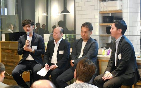 仙台市はIPOを志す県内企業のビジネスイベントの参加も支援(左からゼンシンの前田社長、ワイヤードビーンズの三輪代表)=9月12日、東京・港