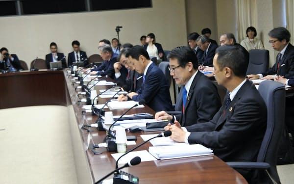 経産省の有識者検討会によるコンビニ大手企業トップらへの聞き取りが行われた