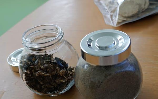 グリラスが本格販売に乗り出す食用の乾燥コオロギとコオロギパウダー