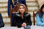 ボリビアのアニェス暫定大統領(15日、ラパス)=ロイター