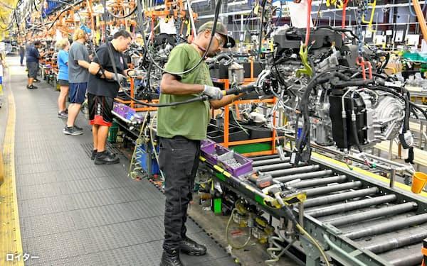 日米欧の自動車大手が人員削減を始めた(米テネシー州にあるゼネラル・モーターズの工場)=ロイター