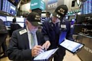 NYダウは先週末、初の2万8000ドル台となった(ニューヨーク証券取引所(NYSE)=AP