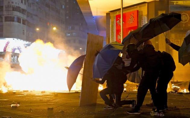 香港衝突、理工大生ら400人逮捕 邦人大学生も拘束