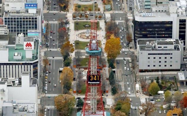 札幌市の大通公園=共同
