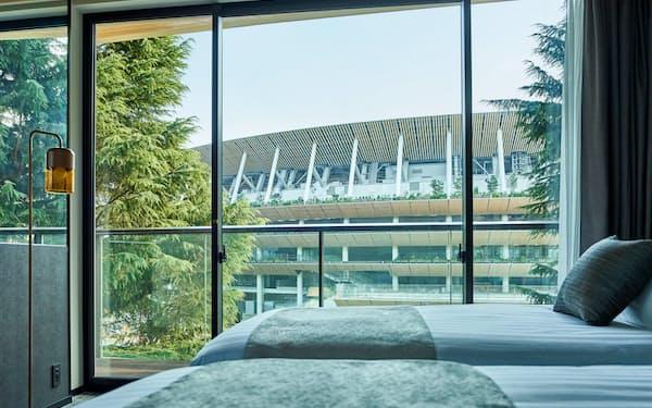 ホテルの客室から見える新国立競技場(東京都新宿区)