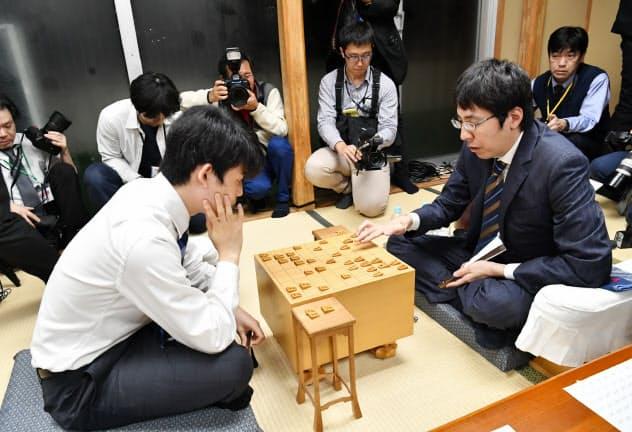 藤井七段、タイトル初挑戦逃す 広瀬竜王が王将に挑む