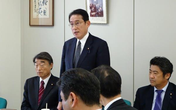 自民党岸田派は憲法改正に関する3回目の勉強会を開いた(20日、都内の岸田派事務所
