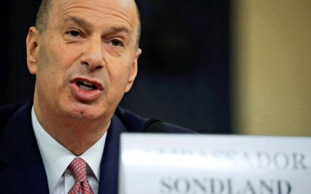 米議会で証言するソンドランド駐EU大使=ロイター