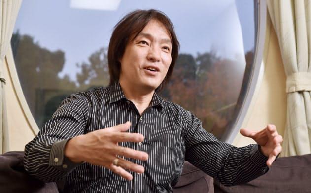 日本センチュリー交響楽団首席指揮者の飯森範親