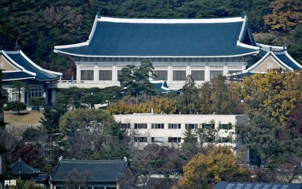 GSOMIAへの対応を協議する国家安全保障会議が開かれた韓国大統領府(21日、ソウル)=共同