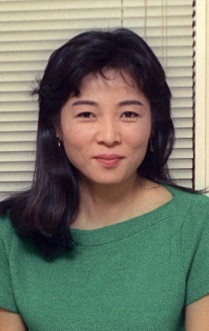 木内みどりさんが死去 俳優: 日本経済新聞