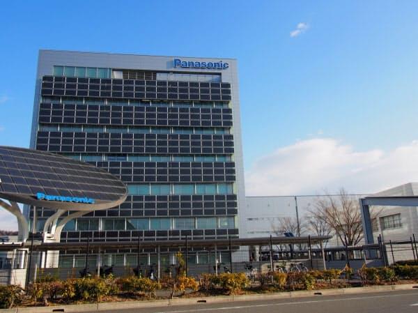 角形の車載電池を生産するパナソニックの加西事業所(兵庫県加西市)