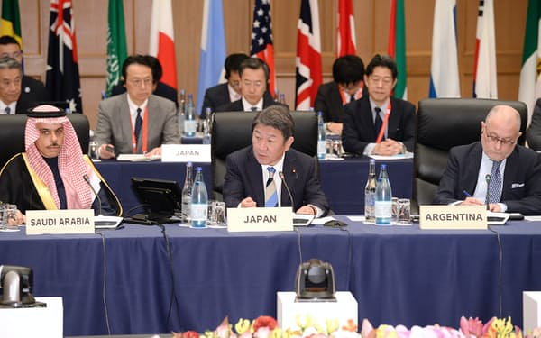 G20外相会合に臨む茂木外相(中)=23日午前、名古屋市中区