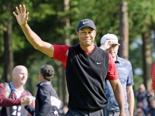 米国選抜の主将タイガー・ウッズは選手の1枠で自身を指名した=共同