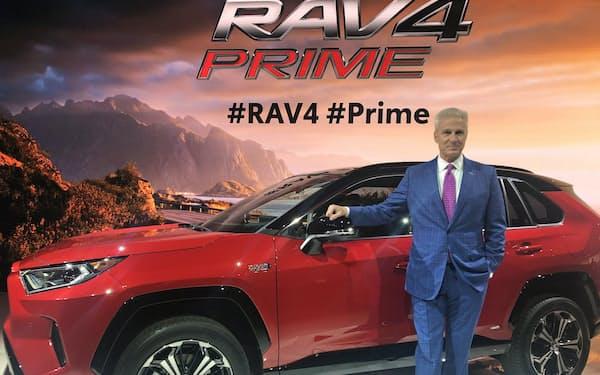 トヨタが2020年夏に発売するプラグインハイブリッド車「RAV4・プライム」(20日、米ロサンゼルス)
