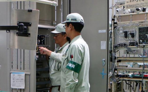 IoTを使い生産効率を高める自社のノウハウもルマーダとして提供している(日立の大みか事業所、茨城県日立市)