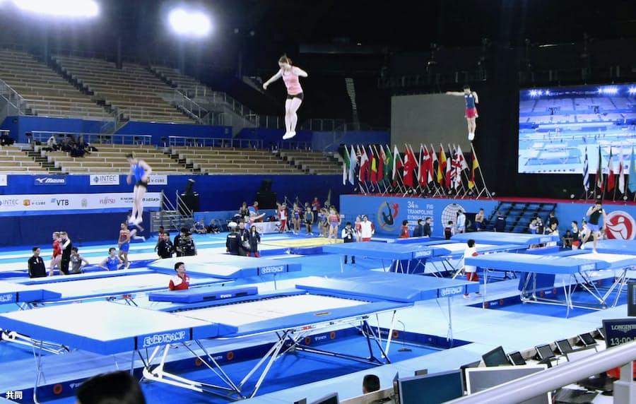 トランポリン森、五輪会場で公式練習 世界選手権: 日本経済新聞