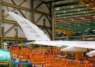 ボーイング開発中の次世代機「777X」=ロイター