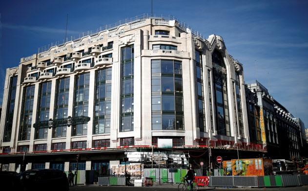LVMHが改装オープンするパリの老舗百貨店、ラ・サマリテーヌ=ロイター