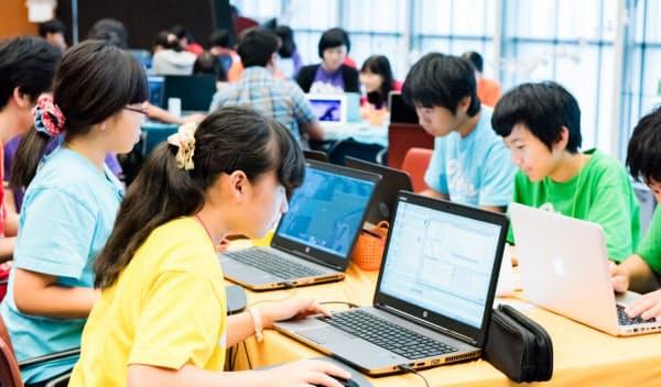 ライフイズテックのプログラミングキャンプ。起業家の卵も生まれる