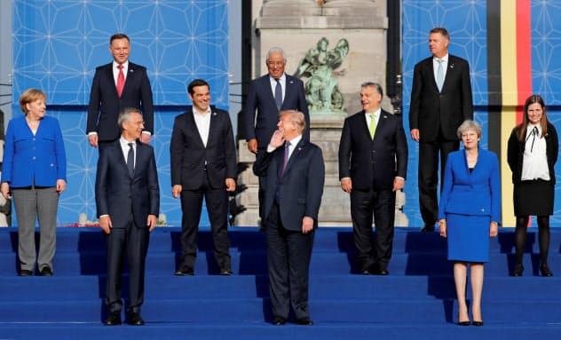 18年7月に開かれた前回のNATO首脳会議(ブリュッセル)=ロイター