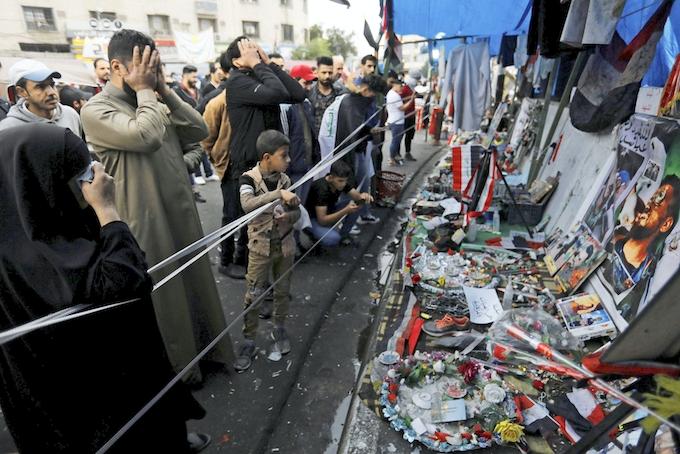 イラク、デモ鎮圧28人死亡 南部や首都で強制排除: 日本経済新聞