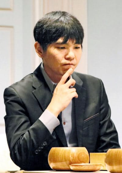 韓国の李九段(共同)