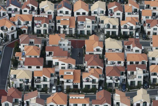 マイホーム購入で新築か中古か悩む人は多い