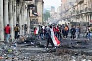 イラクでは反政府デモが続いている=AP