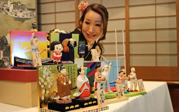 ラグビーW杯の日本代表の人形も制作した