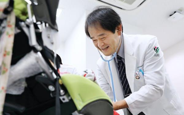 三重大学病院の岩本彰太郎さんは障害児の手厚い医療ケアを目指す