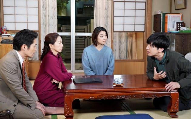 日本テレビは30分の2本構成という異色のドラマづくりに挑んだ(11月27日に放送した「ジンライムと商店街」、(C)NTV)