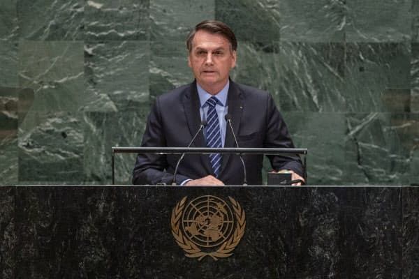 国連総会で演説をするブラジルのボルソナロ大統領(9月、ニューヨーク)=国連提供