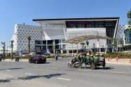 高い経済成長率を背景に旺盛なベトナム消費を取り込む(ハノイ市の「イオンモール ハドン」)